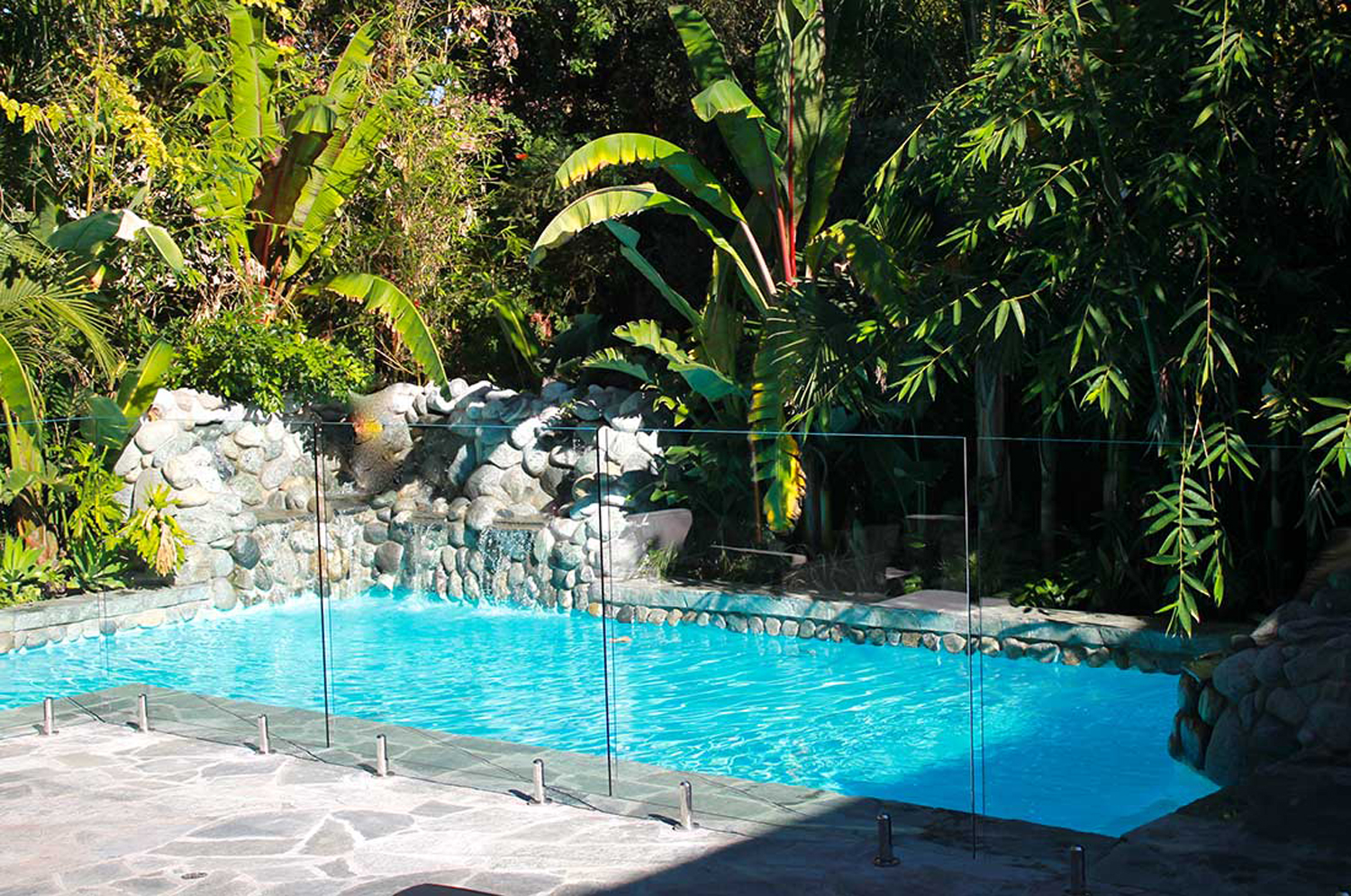 Strong Glass Sheets used for External Pool Fencing